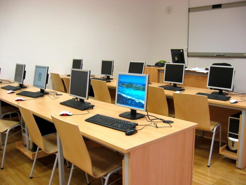 دوره های حضوری کامپیوتر در مشهد